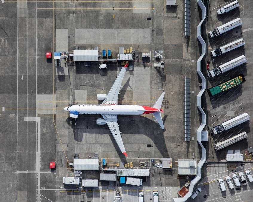 mike-kelley-airport-photography-4