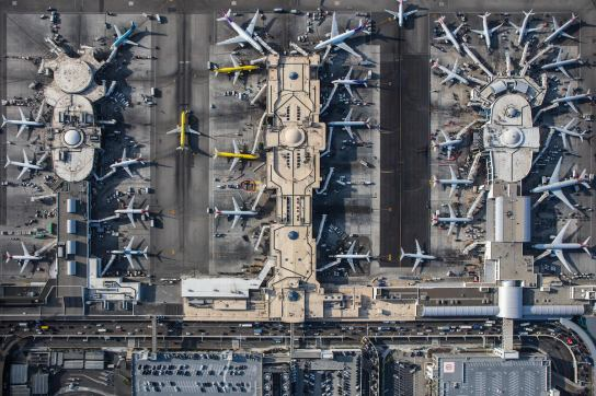 mike-kelley-airport-photography-5 (1)