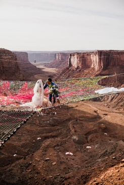 spacenet-canyon-wedding-utah-designboom-03